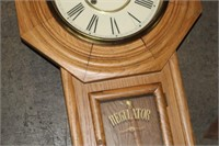 WALL CLOCK WITH KEY