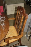 6' DINING TABLE & 6 CHAIRS