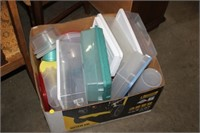 BOX OF STORAGE CONTAINERS