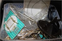 LOT OF PLATE HANGERS