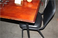 SMALL DINING TABLE & 2 CHAIRS 36X53