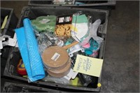 TOTE OF KITCHEN ITEMS