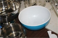 LARGE LOT OF COOKIE CUTTERS,COLANDER,ETC