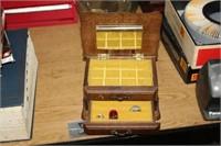 WOODEN JEWERLY BOX OF JEWELRY