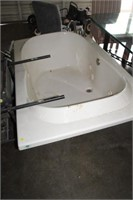 JETTED TUB, 42X70 LONG