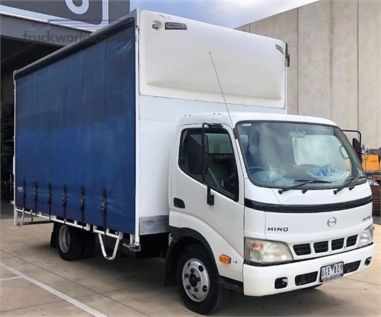 2006 Hino Dutro 414 - Trucks for Sale