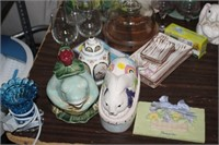 LARGE LOT OF VARIOUS DECOR