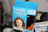 HALO TOYS & ANIMAL PHONES & GAME