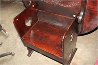 DECORATIVE TABLE/CHAIR