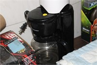 COFFEE MAKER & IGNITE BLENDER