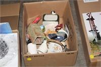 BOX OF VAIROUS DECOR