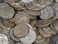 (147) Silver 90% US Quarters 25c