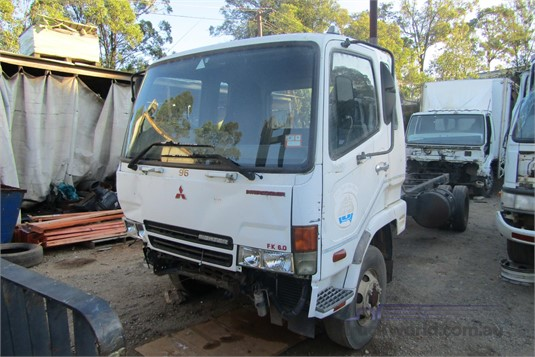 2003 Mitsubishi Fuso FK617  - Wrecking for Sale