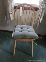 Chair W/ Cushion