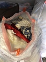 Large Lot of Linens - Hand Towels - Throw Rugs - H