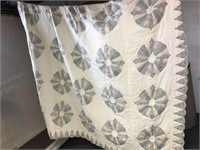 Light Blue And Pink Patterned Quilt w. 2 Pillow