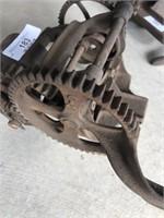 Primitive Tool -grinder