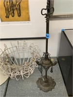LOT OF MISC / WALL LIGHTS/ PLANTERS/ CANDLE LAMP
