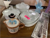 LARGE LOT OF MISC KITCHEN / DECOR