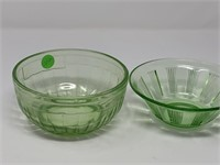 2PC VASELINE GLASS BOWLS