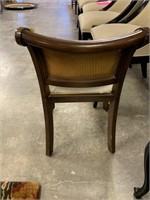 VTG FRENCH PROVINCIAL CHAIR