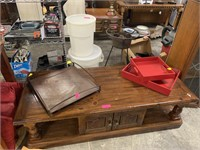 3PC TRAY LOT / 1 METAL / 2 RED
