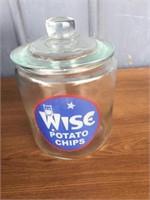 WISE POTATO CHIP GLASS STORE COUNTER JAR