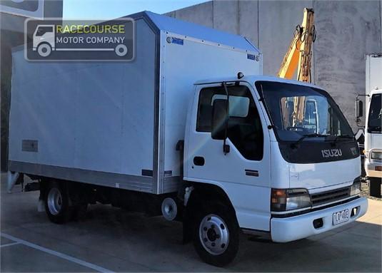2004 Isuzu NPR200 Racecourse Motor Company  - Trucks for Sale