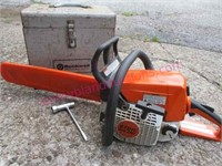 nice Stihl MS250 chainsaw (18in) & accessories