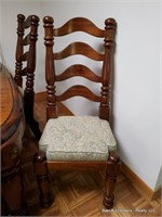 The Paul Bunyan Collection Table W/6 Chairs, 2 Lea