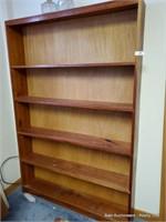 """6 Shelf Book Case Approx. 4' X 9"""" X 6'"""