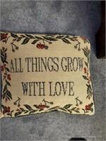 Pillow & 3 Pillow Shams