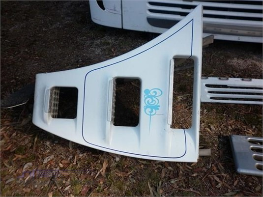 0 Freightliner S624 - Parts & Accessories for Sale