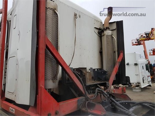 0 Freightliner S1535 Lot144 - Parts & Accessories for Sale