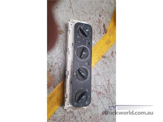 0 Man - Heater Control Unit S1177 D8-8/3 - Parts & Accessories for Sale