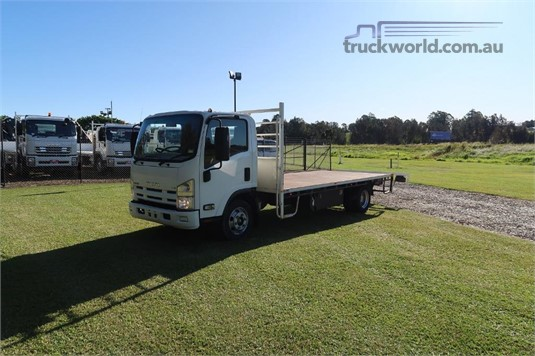 2014 Isuzu NPR 400 Long - Trucks for Sale