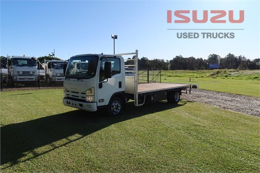 2014 Isuzu NPR 400 Long Used Isuzu Trucks  - Trucks for Sale