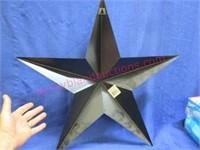 Modern 24in metal star
