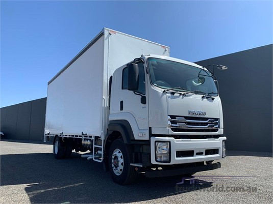 2019 Isuzu FXR - Trucks for Sale