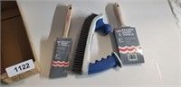 2-Handled Stainless Steel Wire Brush, +