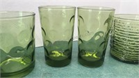 8pcs Vintage Green Glassware
