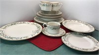 4 Place Settings Farberware Fine China Wellesley