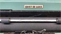 Vintage Royal Quiet Deluxe Portable Manual