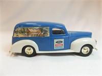 6/22 Diecast Vehicles, Clocks, Metal Vintage, Fishing, Glass
