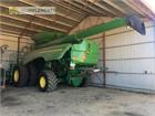 2017 John Deere S680 Combine Harvesters