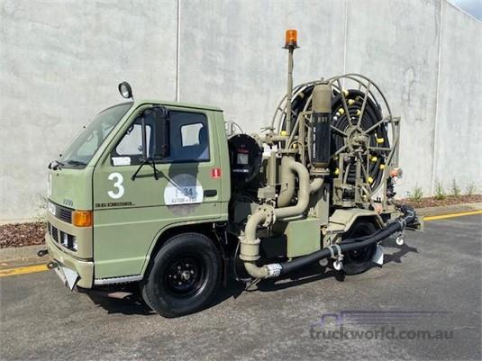1993 Isuzu NKR - Trucks for Sale