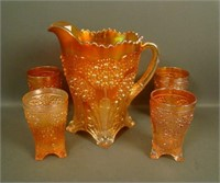 VINTAGE CARNIVAL GLASS AUCTION