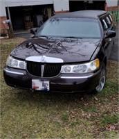 1999 Lincoln Limo