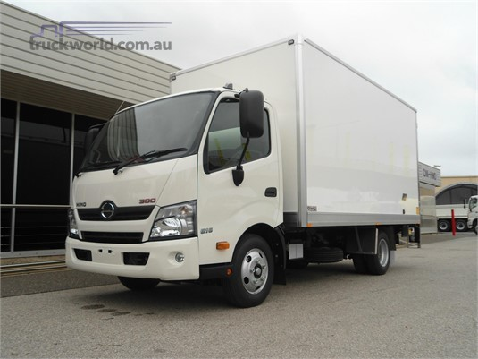 2020 Hino 300 Series 616 Medium Auto - Trucks for Sale