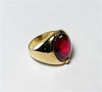 10K Yellow Gold Ring, Red Cabochon, Size 6.5